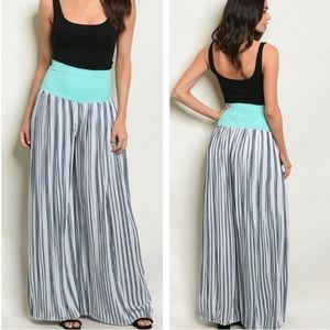 - ❤️Adorable Striped Harem Pants❤️